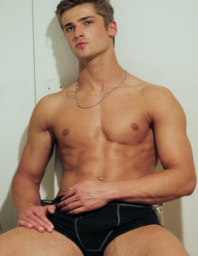 Wyatt_Engeman_masculineTV-com