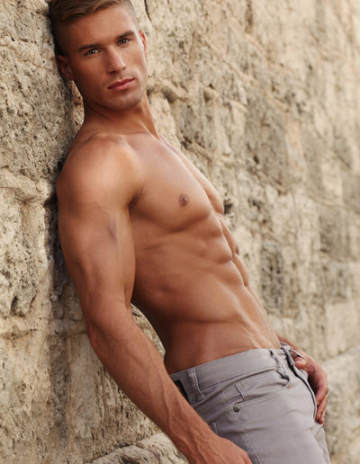 daniel_rumfelt_masculineTV-com