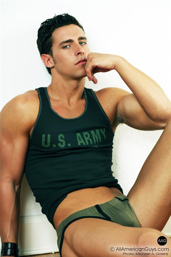 Picture About AAG Model Evan Downs